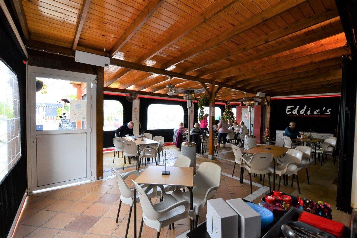 Affärslokaler i Orihuela Costa (Villamartin)
