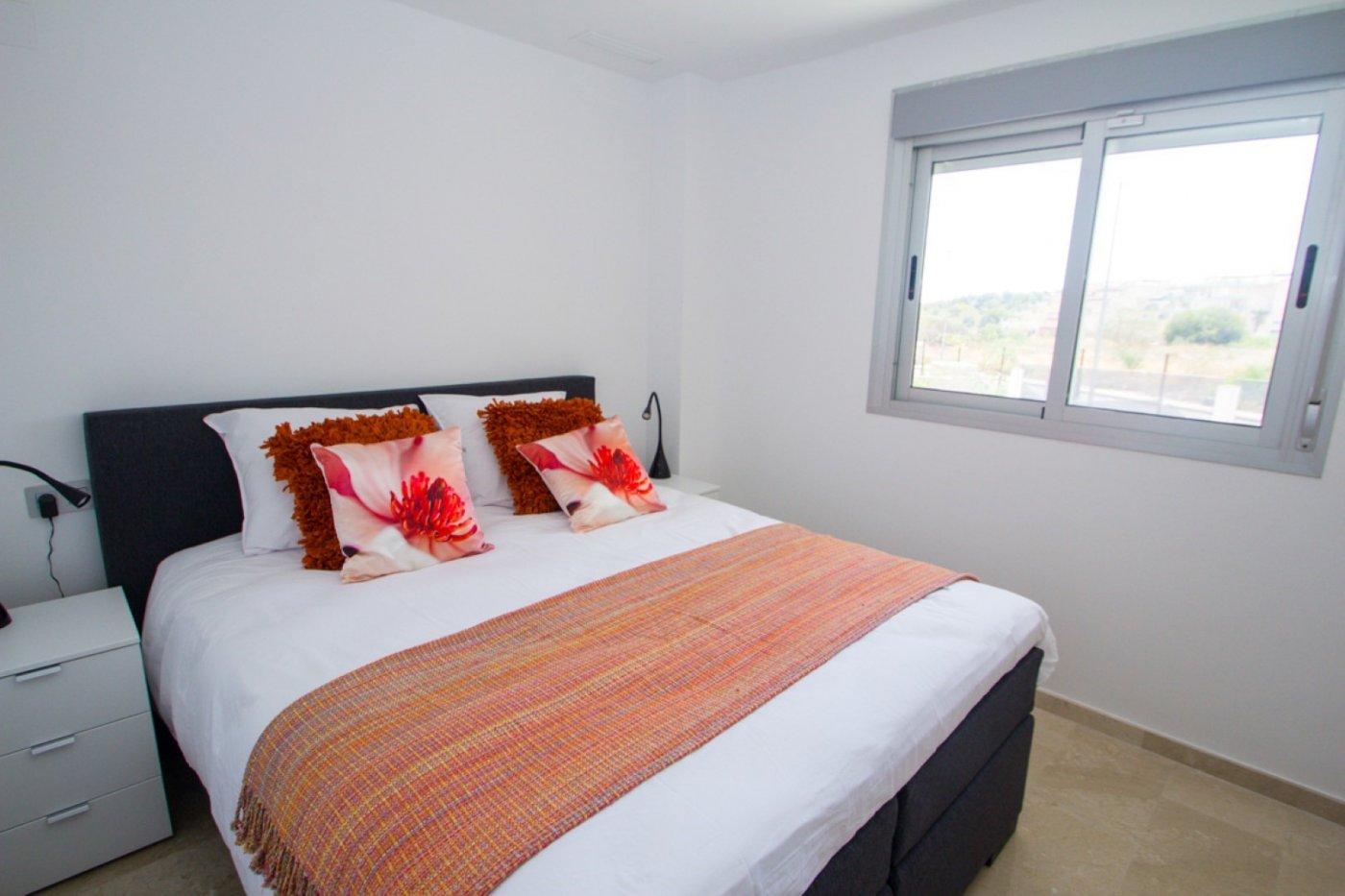 Luxe 3 slaapkamer appartementen in Las Filipinas