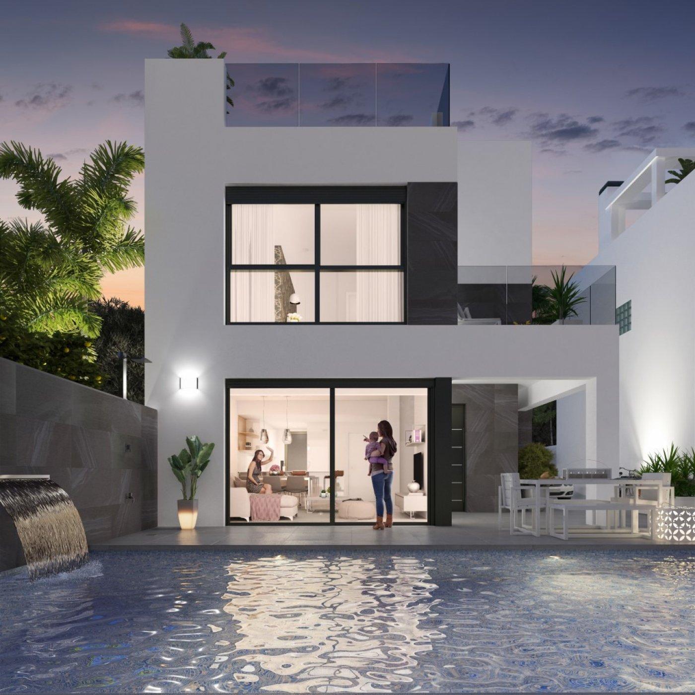 Fristående hus i Orihuela Costa (Punta Prima)