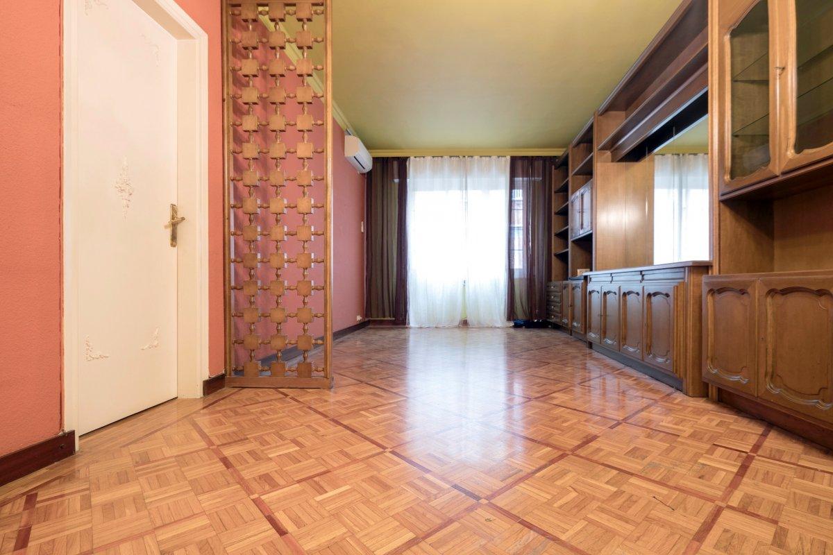 piso en barcelona · el-baix-guinardo 290000€