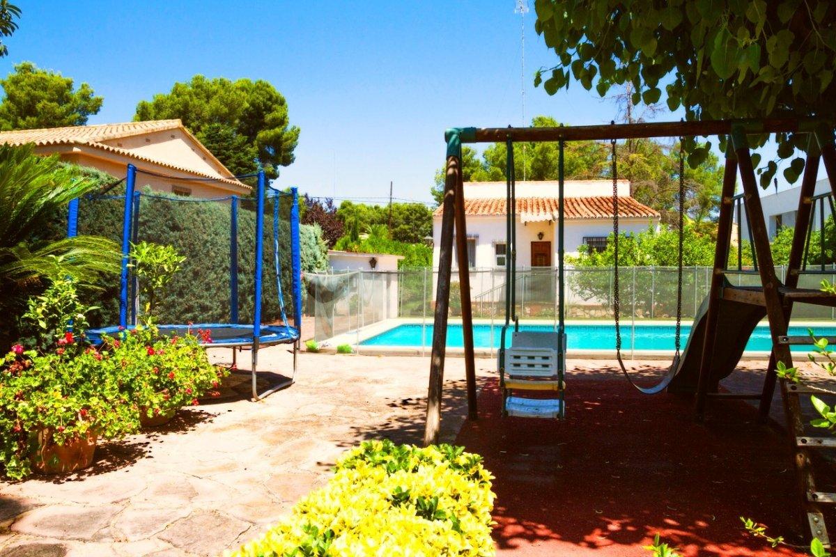 Fantástica vivienda de una planta en La Cañada para disfrutar con toda la familia