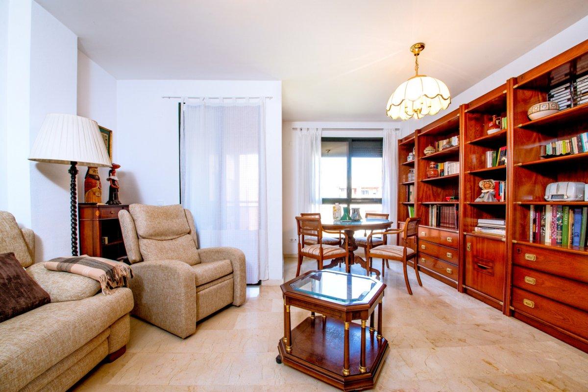 piso en valencia · ciutat-de-les-arts-i-de-les-ciencies 210000€