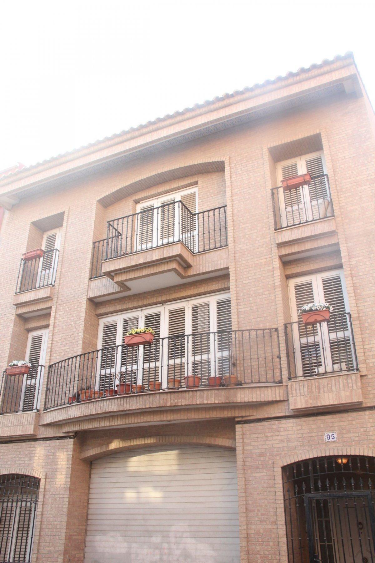 edificio en valencia · el-cabanyal---el-canyamelar 0€