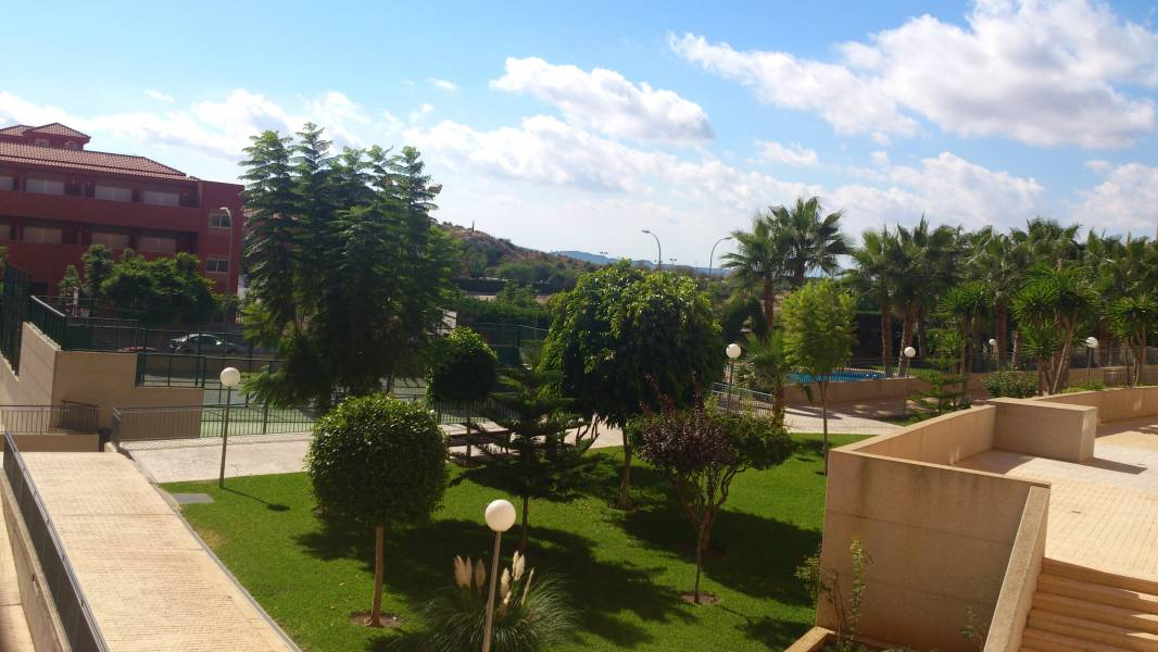 Piso de SegundaMano en Nuevo San Blas Alicante