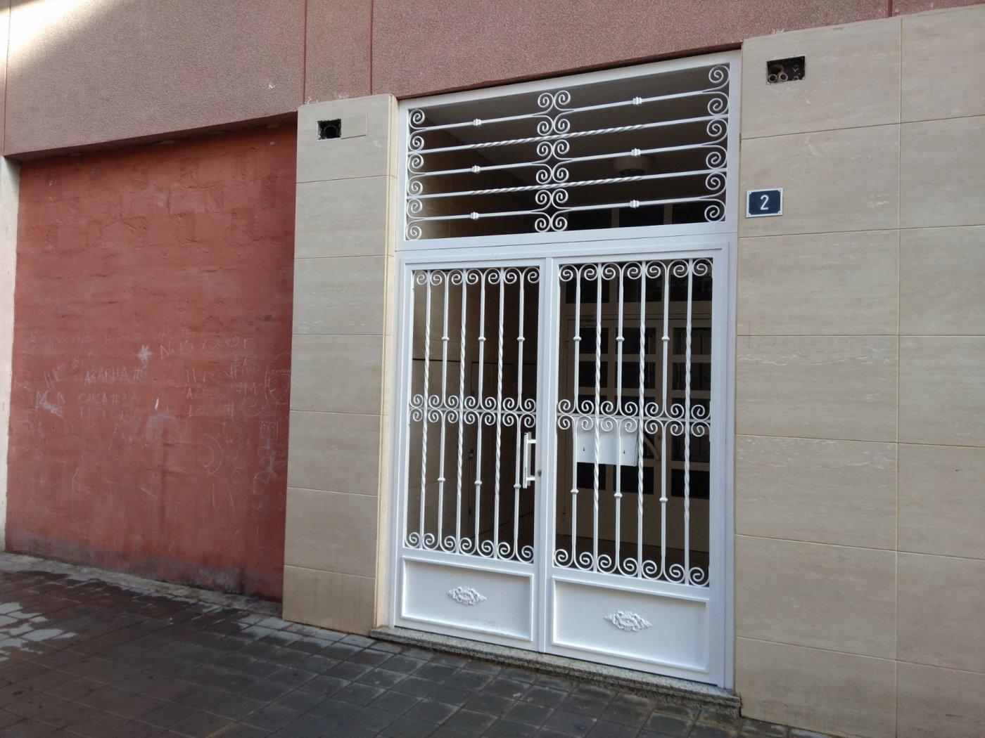 Local de SegundaMano en Pla Del Bon Repos Alicante