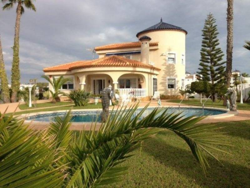 Luxury Villa en Orihuela Costa zona Playa Flamenca