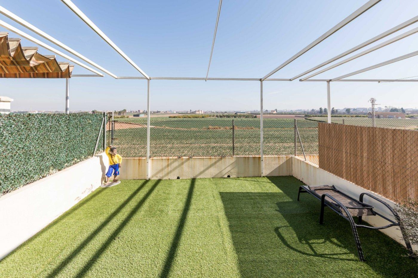 Adosado de Cuatro plantas junto a la Huerta Valenciana