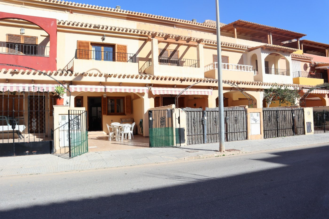 Townhouse for sale in Plaza 525, Los Alcazares
