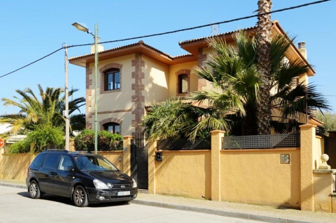 casa en san-mateo-de-gallego · san-mateo-de-gallego 315000€