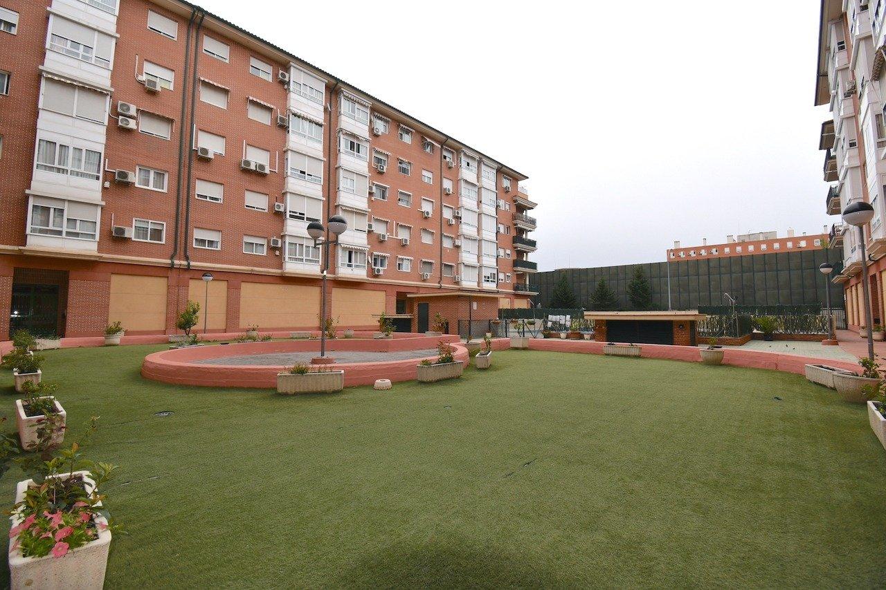 Piso en venta en La Rosaleda, Torrejon de Ardoz