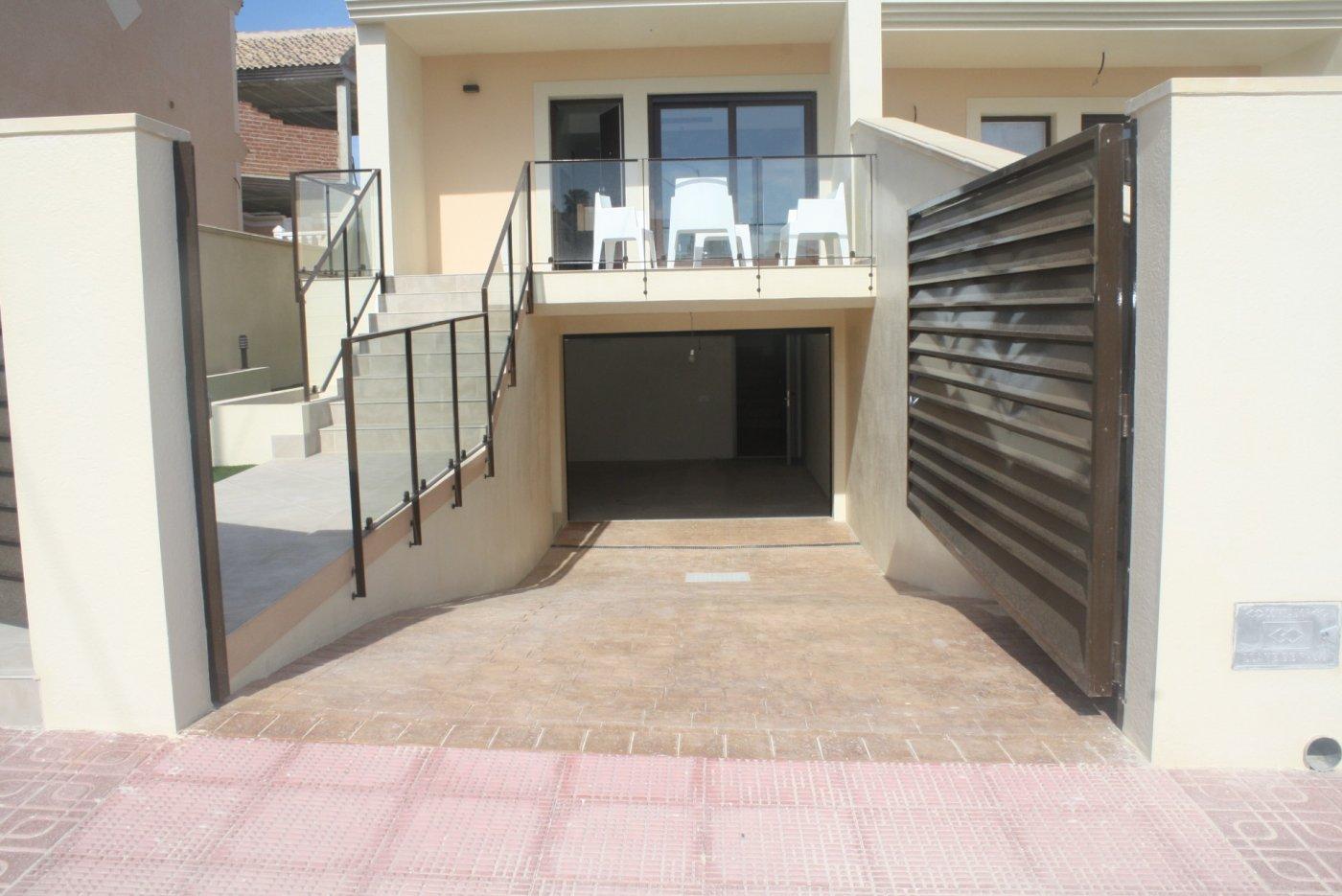 villa en torrevieja · los-altos 290000€