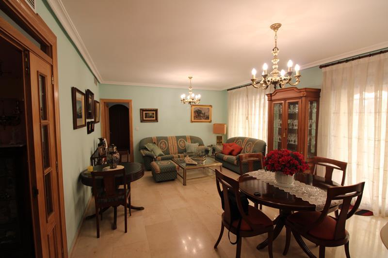 flat en torrevieja · paseo-maritimo 173000€