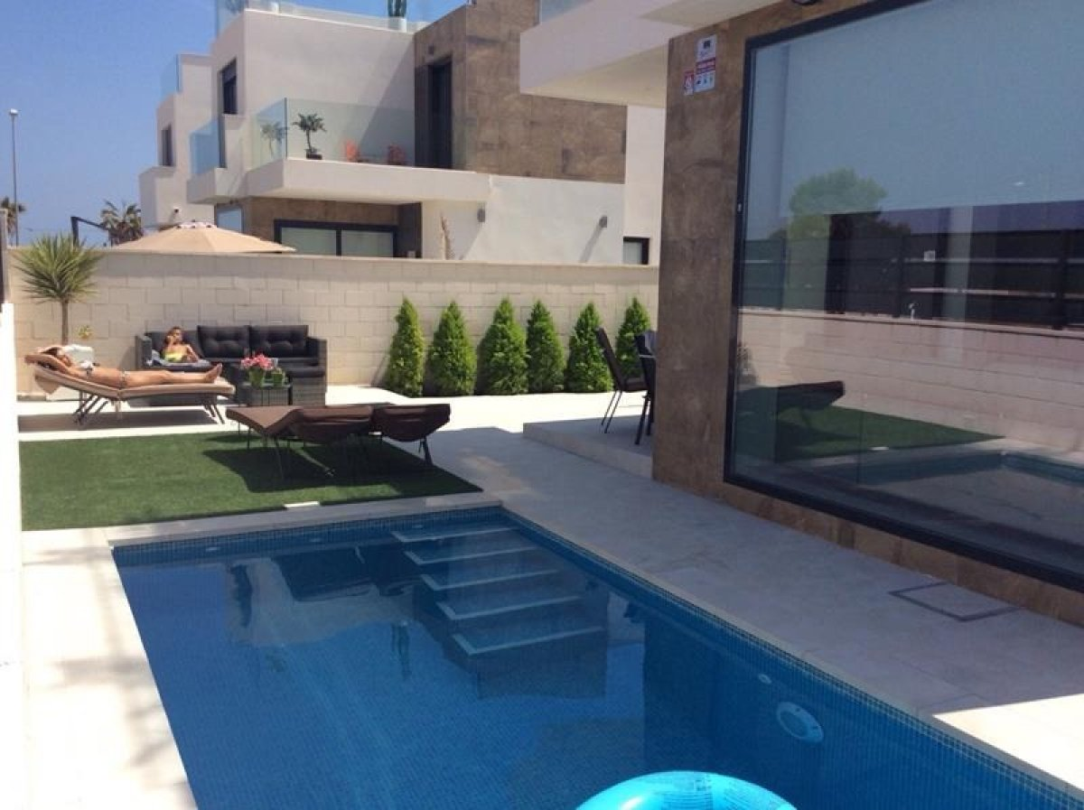 Вилла-класса-люкс en Ciudad-quesada · Ciudad-quesada 265000€