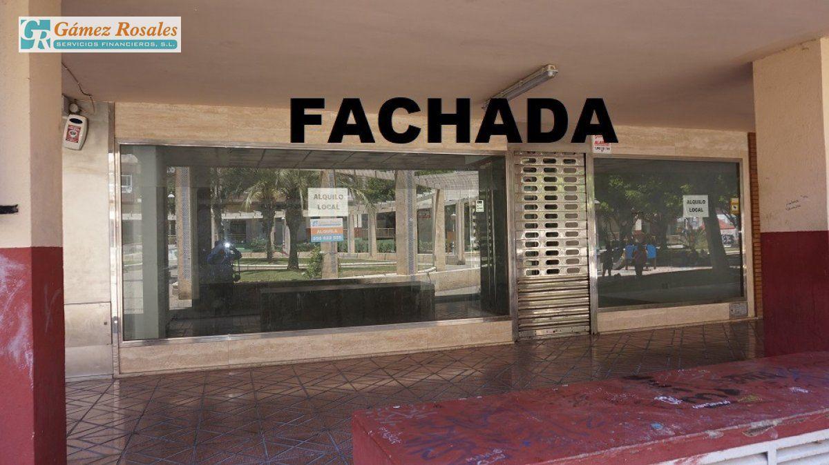 Local en alquiler en Carrefour, Almeria