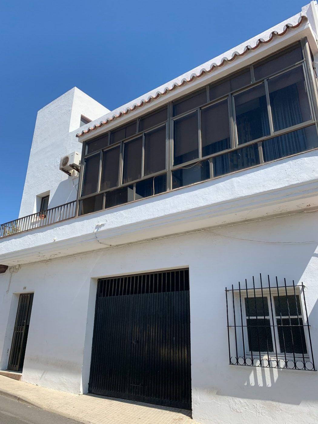 casa en chiclana-de-la-frontera · carretera-de-medina 75000€