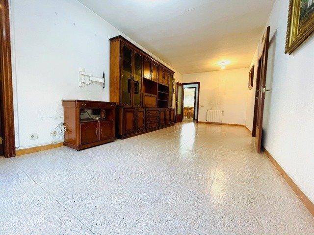 piso en santa-coloma-de-gramanet · santa-rosa 160000€