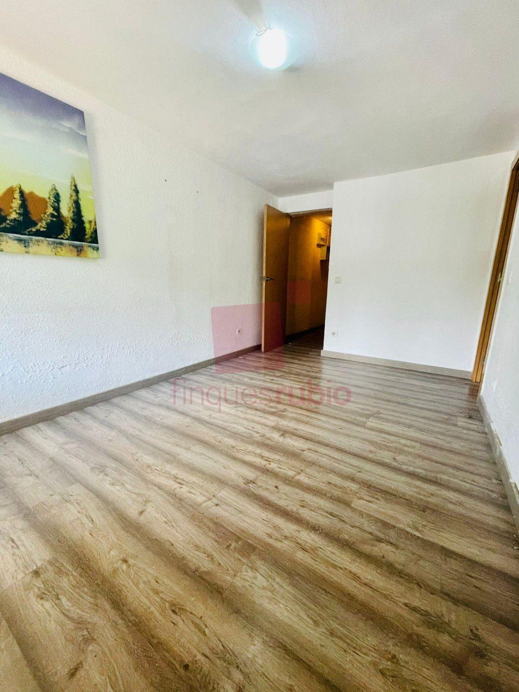 Piso · Santa Coloma De Gramanet · Riu Sud 80.000€€