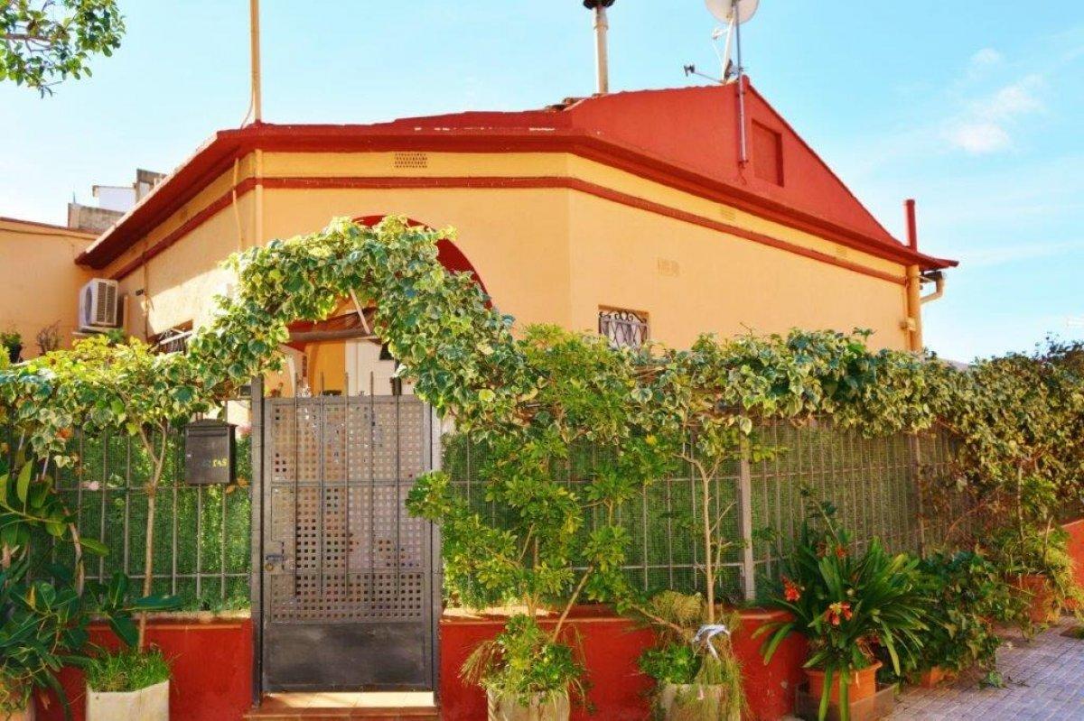 casa en santa-coloma-de-gramanet · riera-alta 220000€