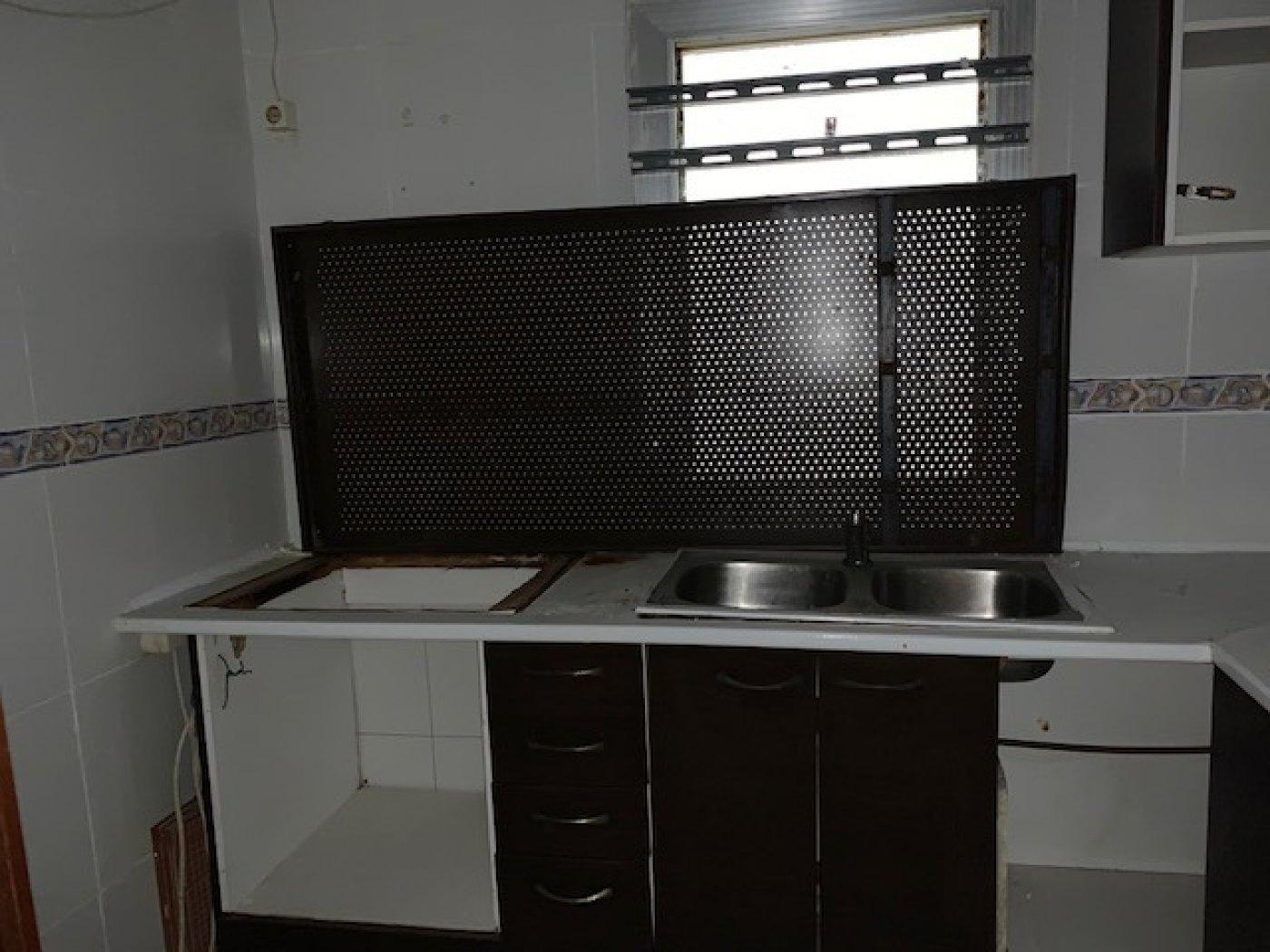 piso en badalona · la-salud 92000€