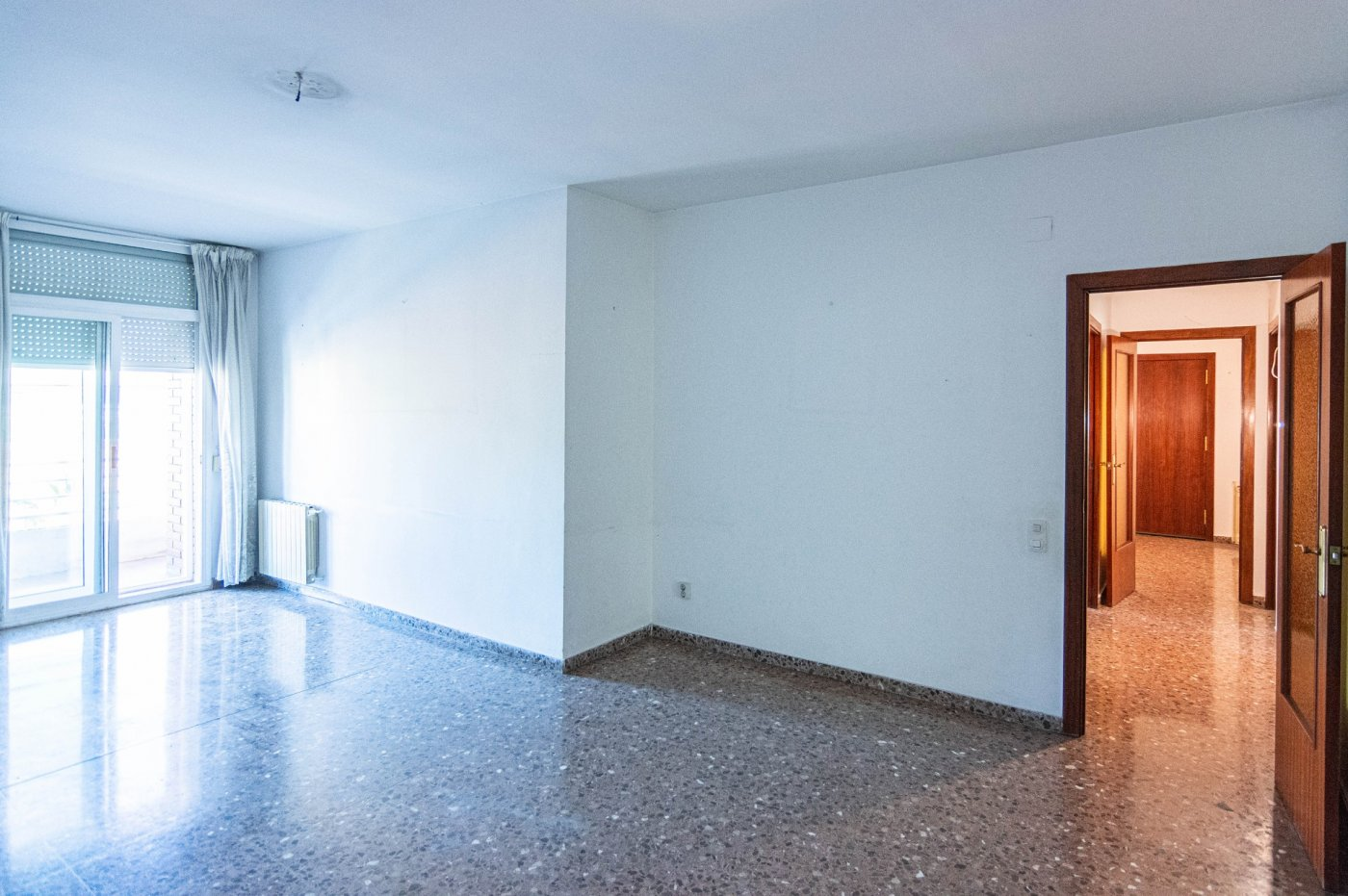 piso en santa-coloma-de-gramanet · fondo 195000€