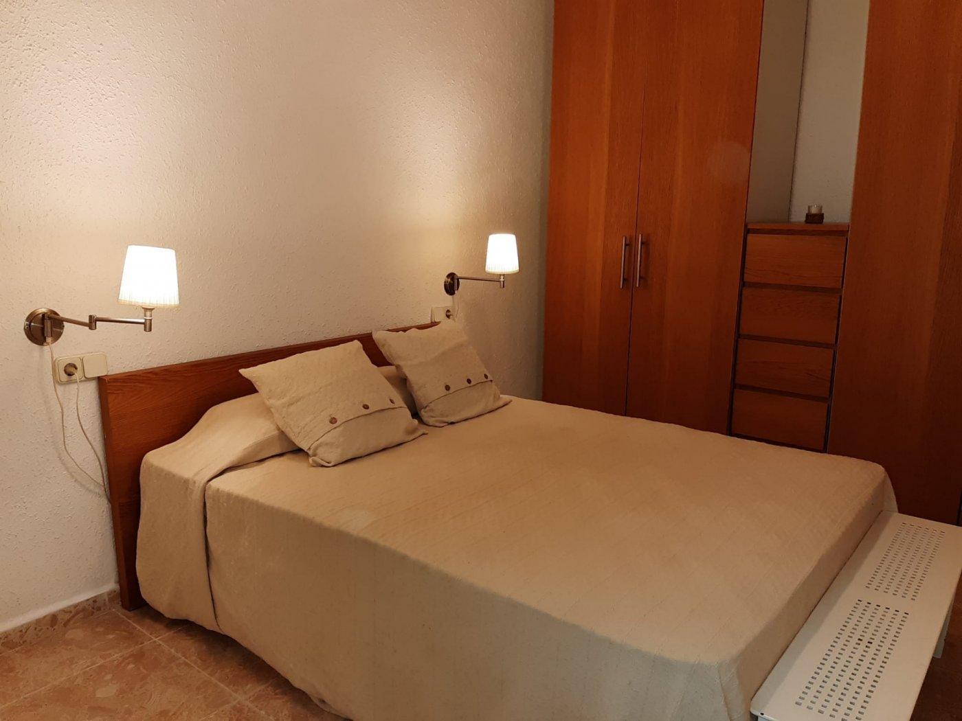 piso en santa-coloma-de-gramanet · can-peixauet 700€