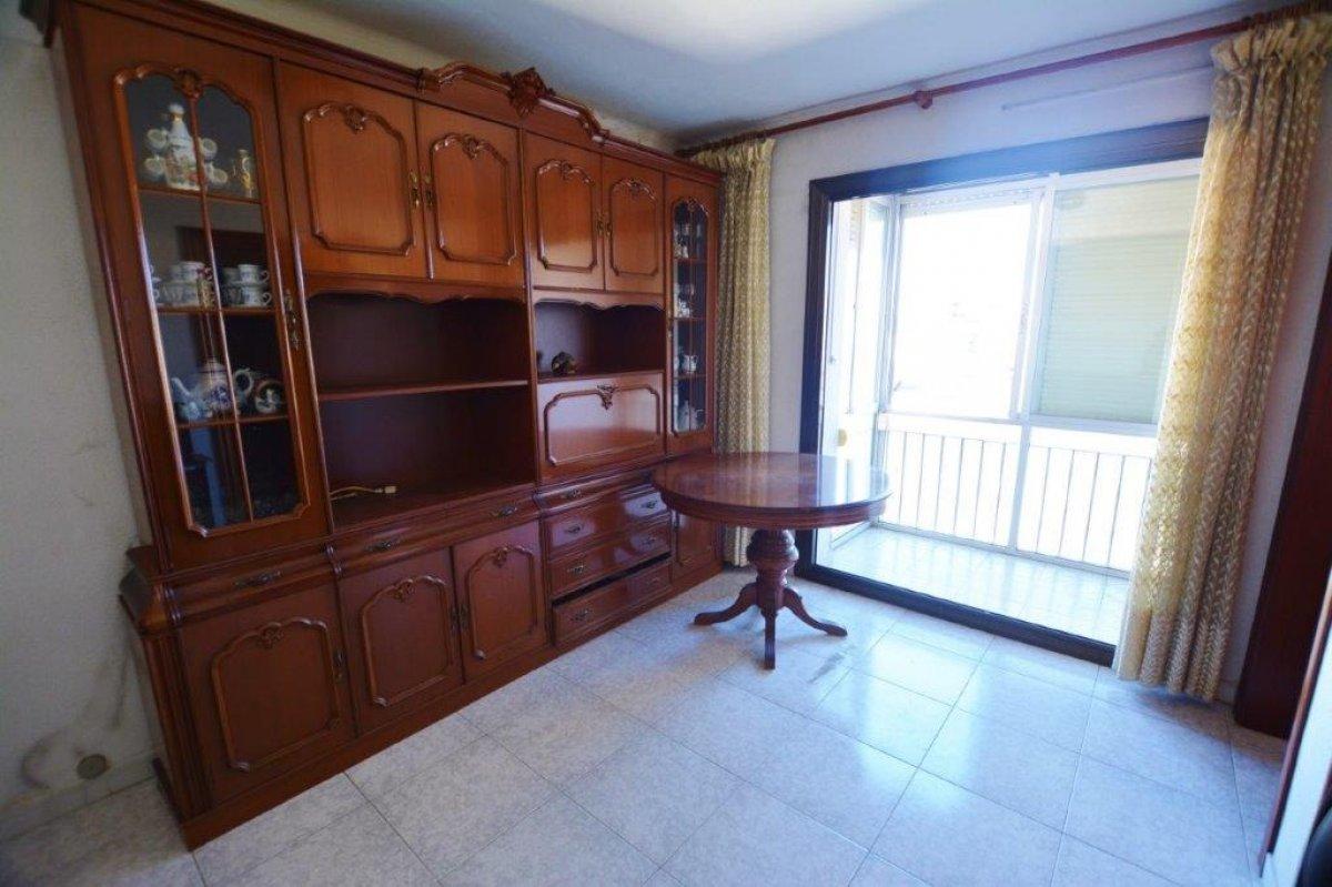 piso en santa-coloma-de-gramanet · riu-nord 148500€