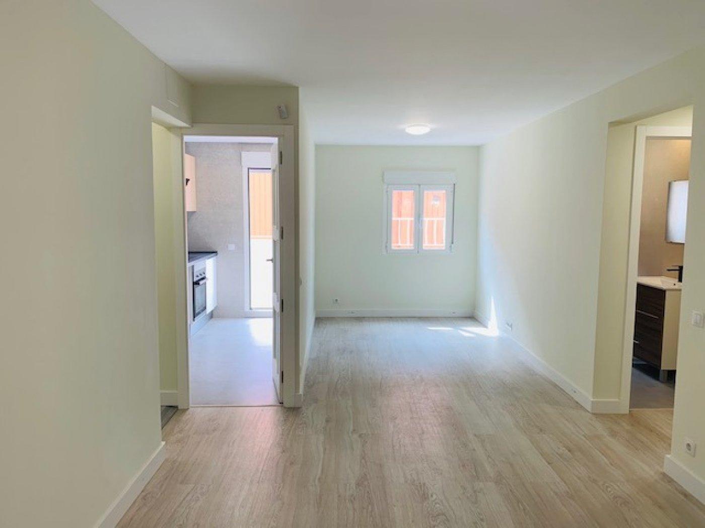 piso en santa-coloma-de-gramanet · llati 125000€