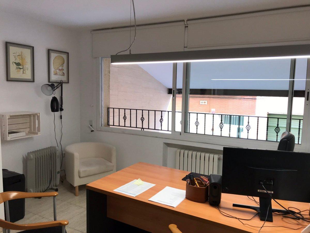 oficina en barcelona · les-tres-torres 260000€
