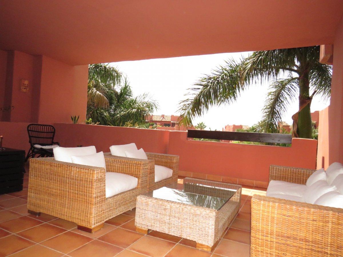 Apartment for rent in Guadalmansa, Estepona