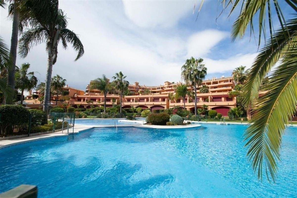 Apartment for sale in Seghers Puerto Estepona, Estepona