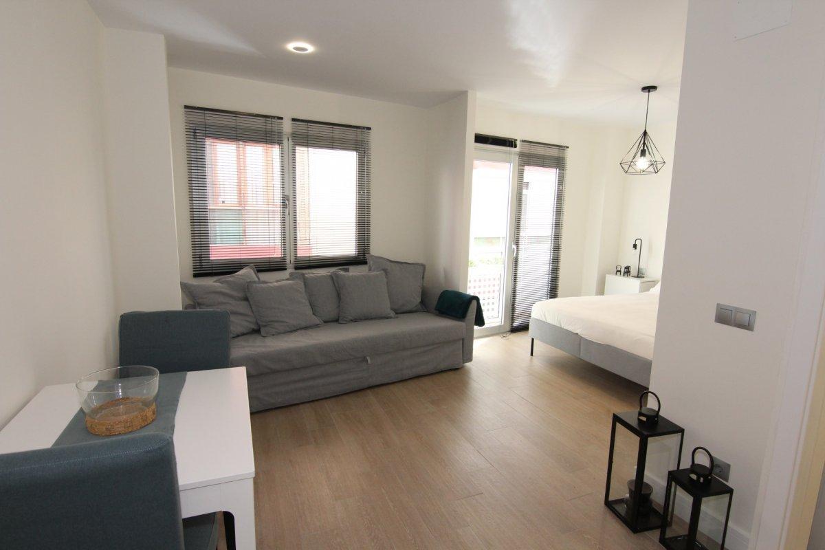 apartamento en las-palmas-de-gran-canaria · las-canteras 700€