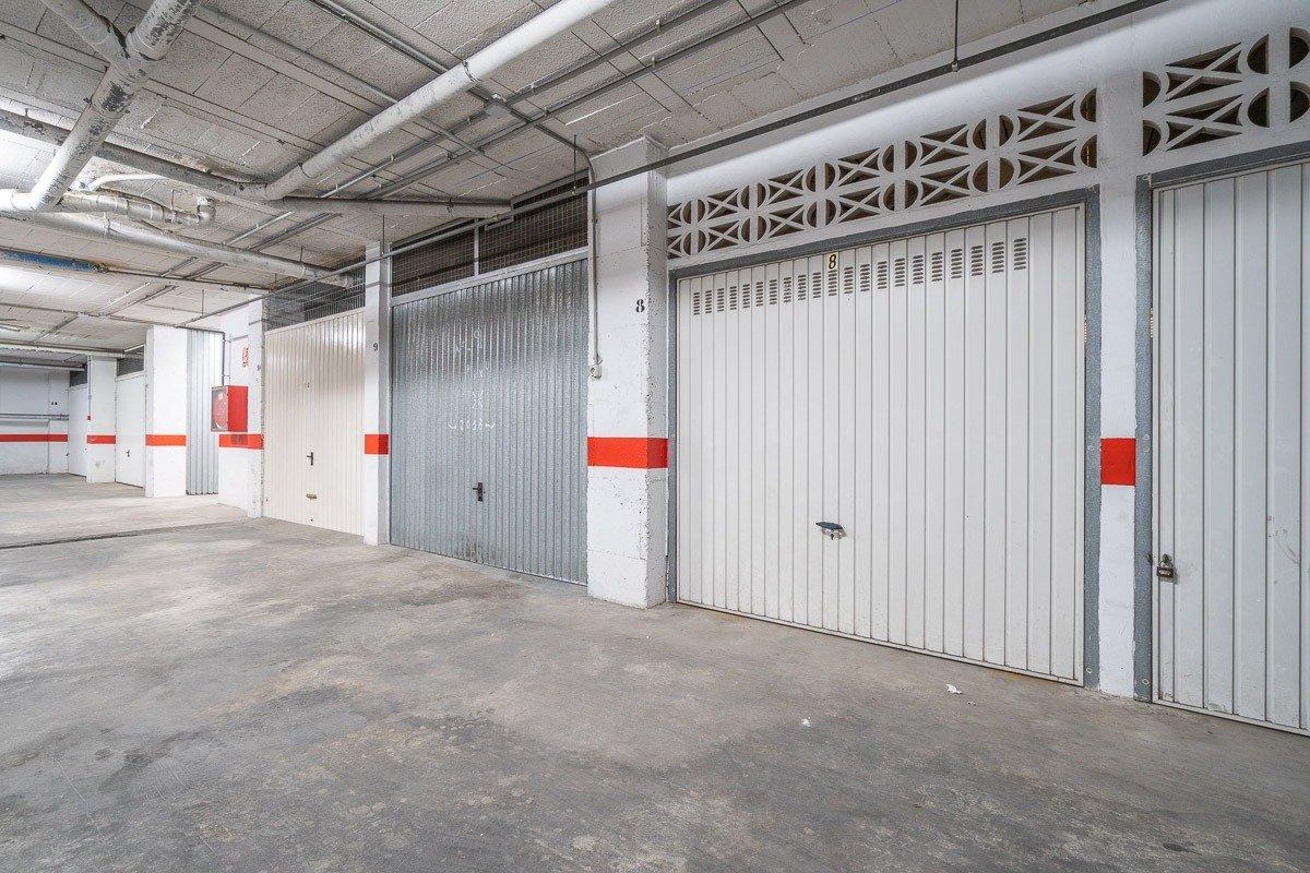 garaje en torrevieja · centro 6000€