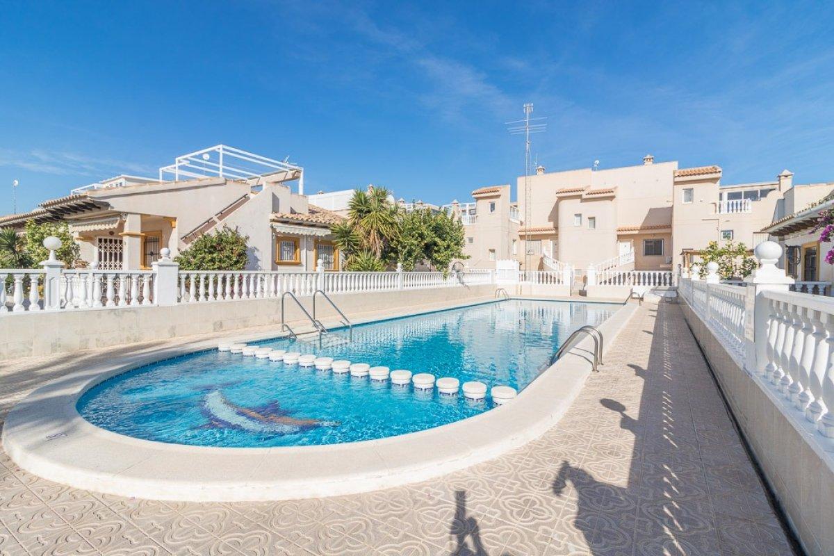 adosado en orihuela-costa · playa-flamenca 113000€