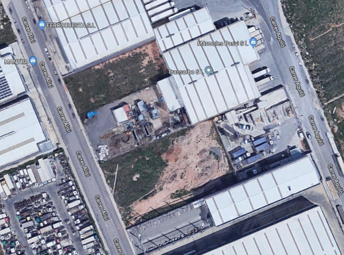 terreno-industrial en naquera · naquera 96000€