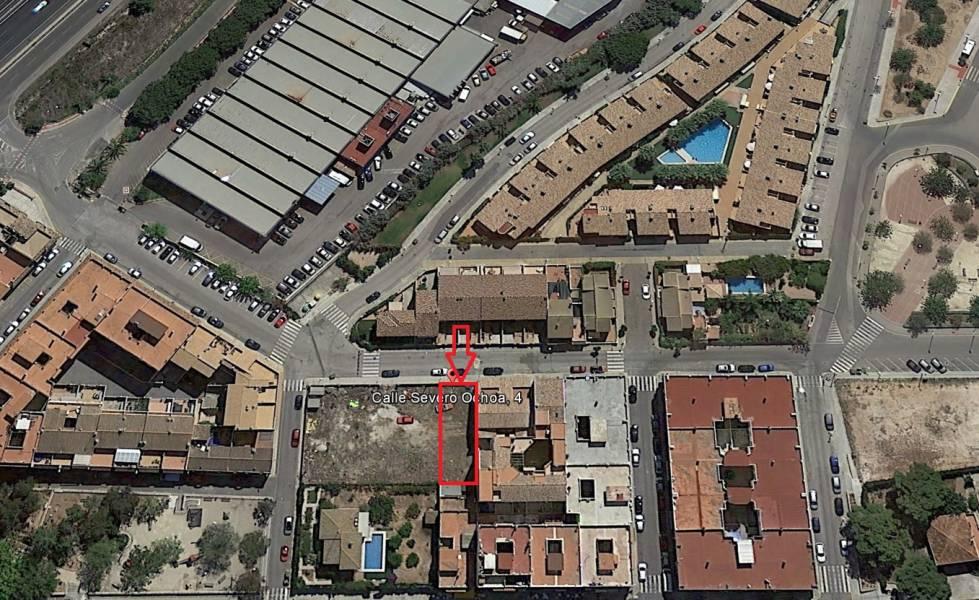 terreno-urbano en san-antonio-de-benageber · san-antonio-de-benagueber 85000€