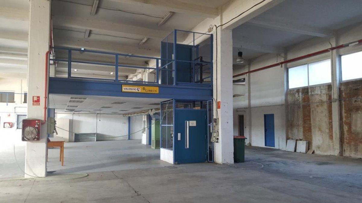 nave-industrial en valencia · safranar 9000€
