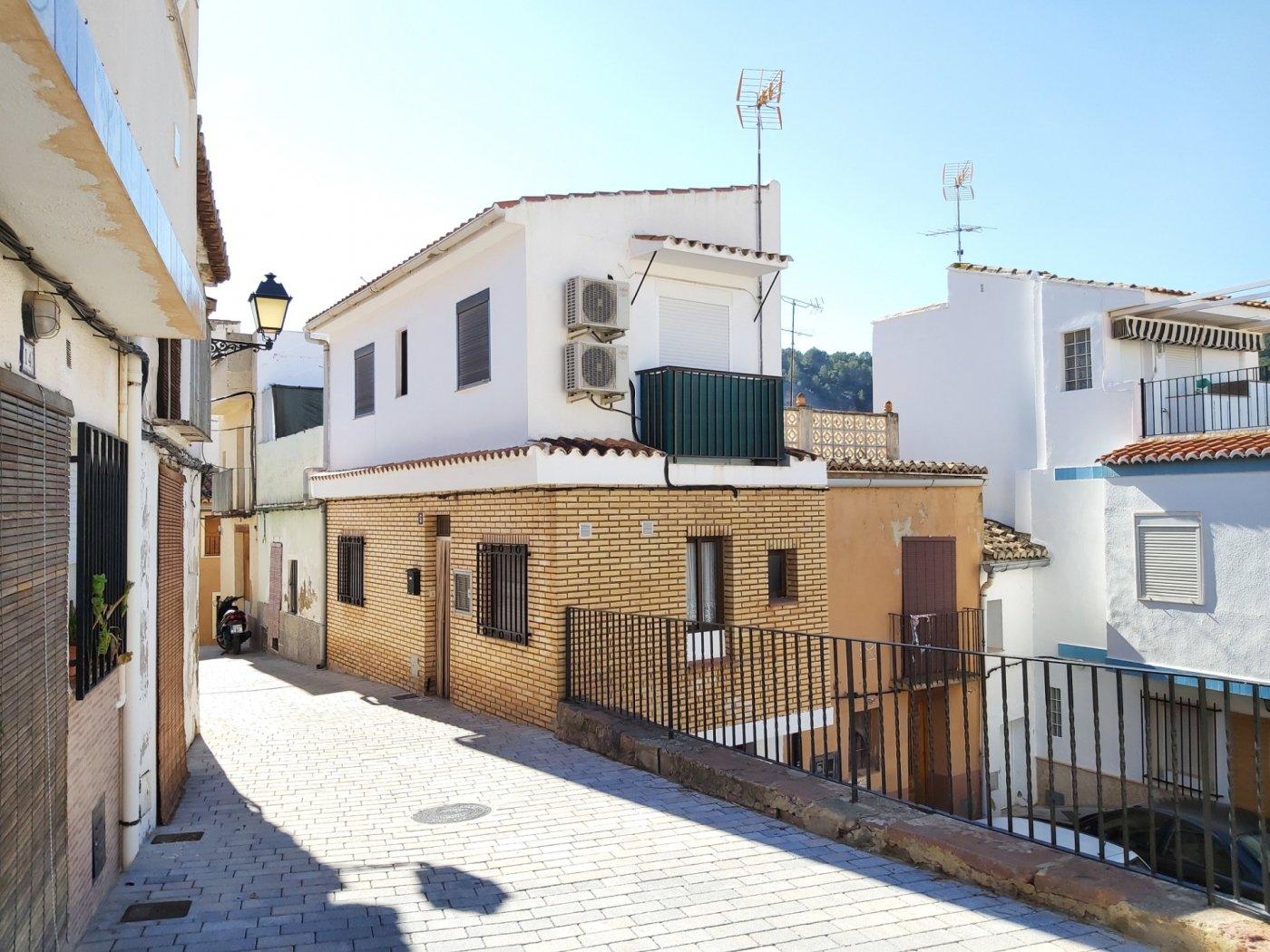 casa en olocau · olocau 70000€