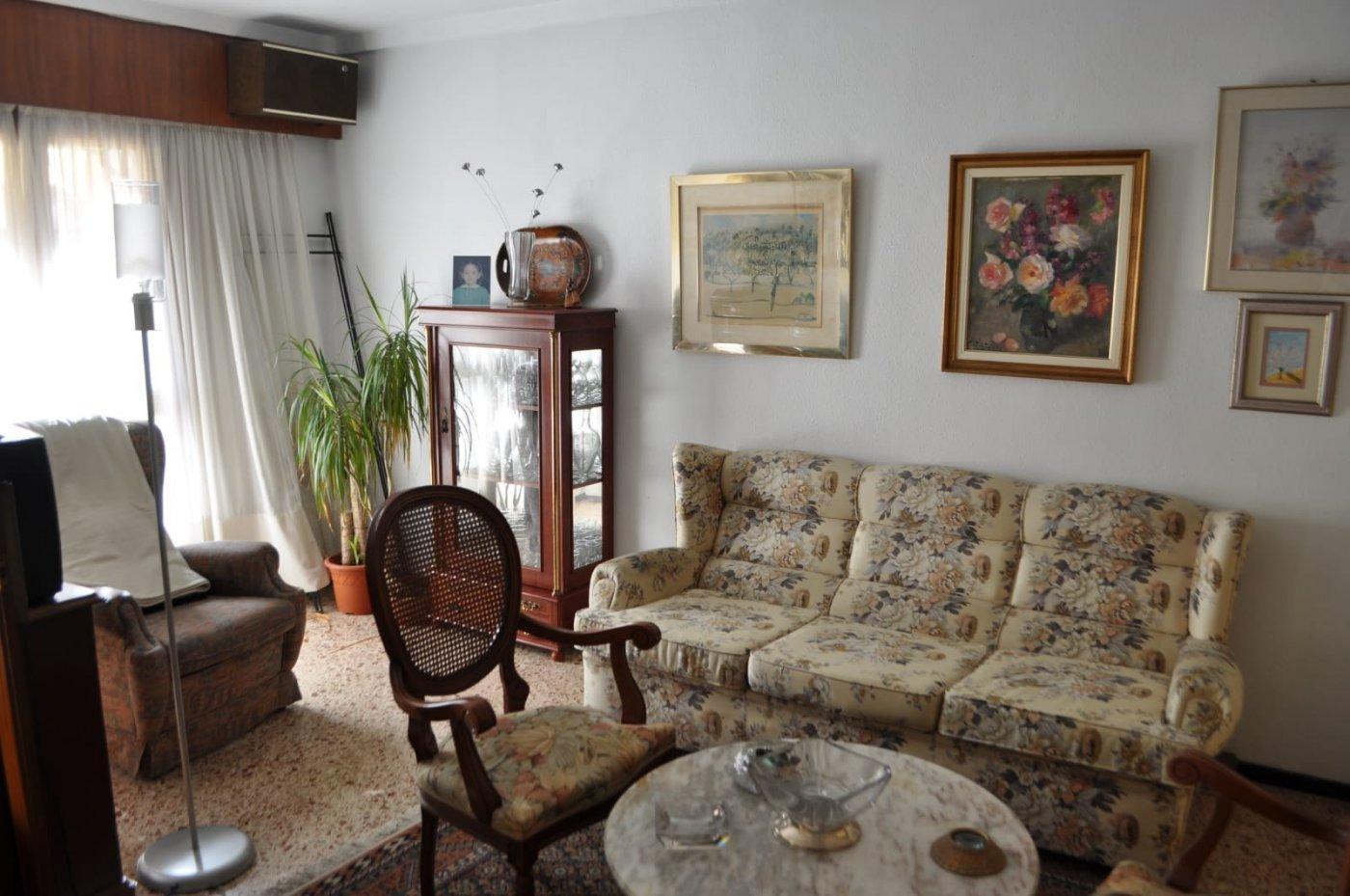 Amplio piso en Ensanche Diputación, junto al corte inglés