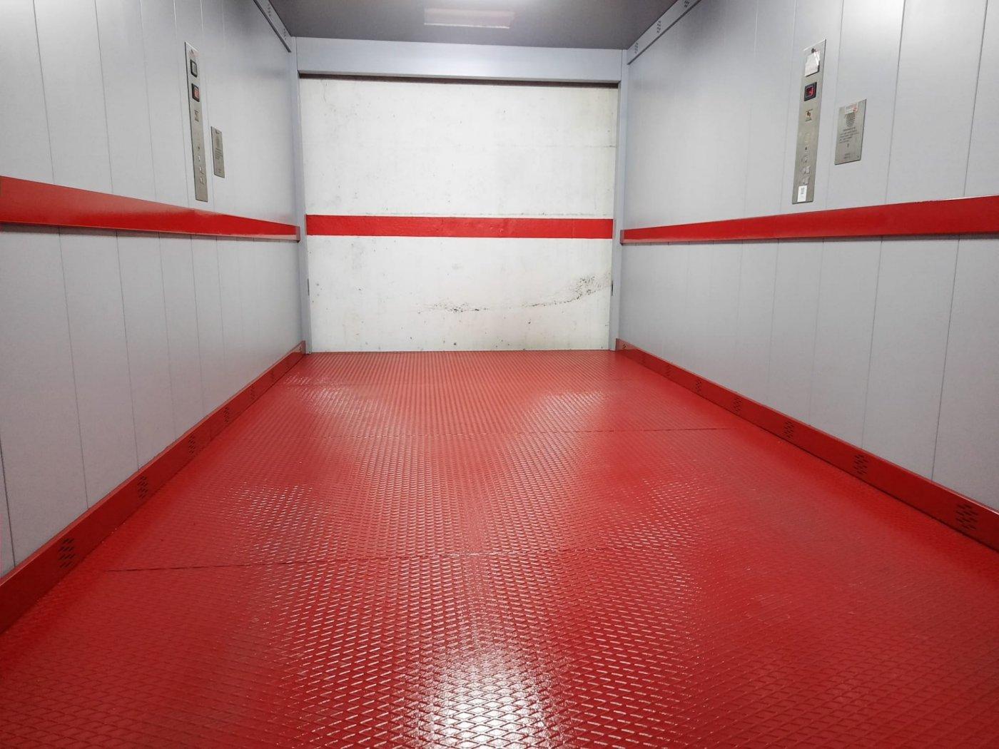 Garaje en  sotano con elevador  en plaza prado - imagenInmueble5