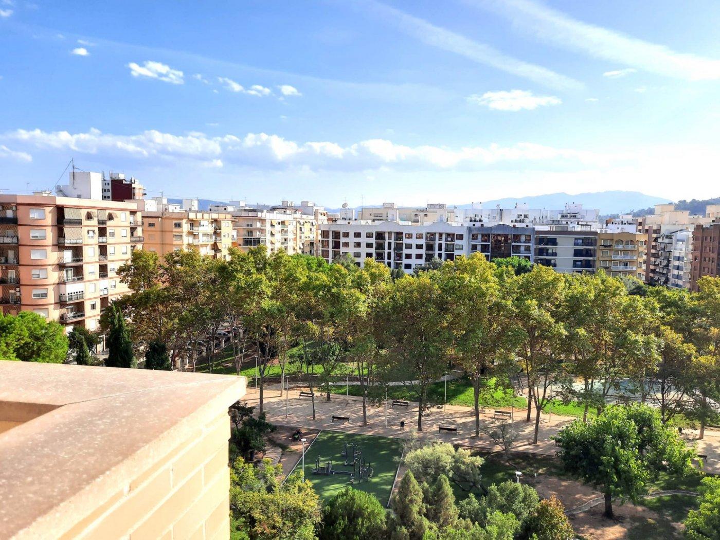 Ático con terraza en parque sant pere - imagenInmueble7