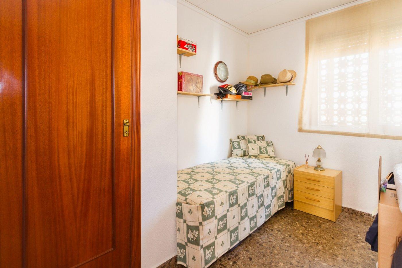Fabuloso apartamento a 120 metros de la playa. - imagenInmueble30