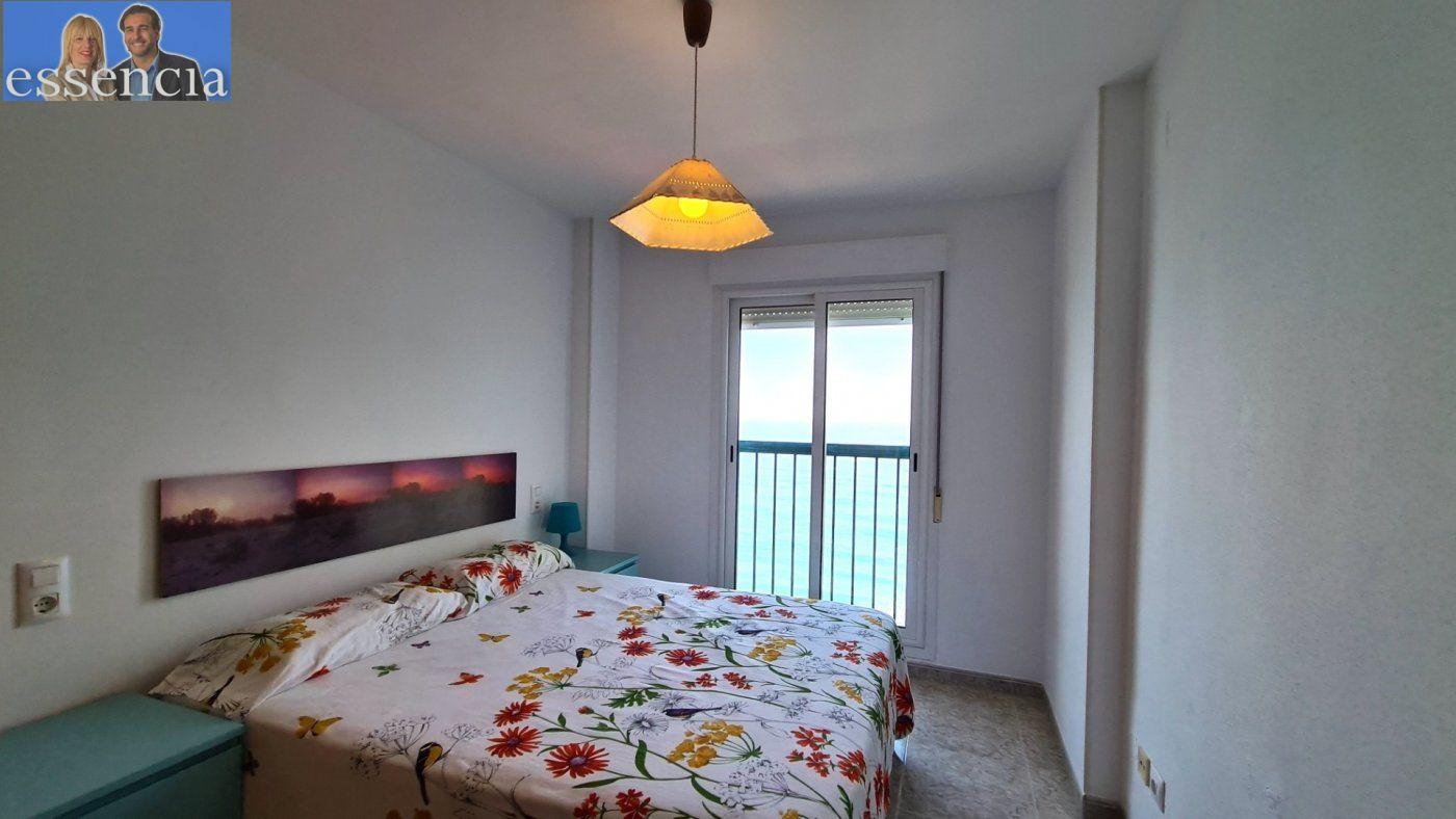 Disfruta de un fabuloso apartamento con una gran terraza y vistas al mar. - imagenInmueble12