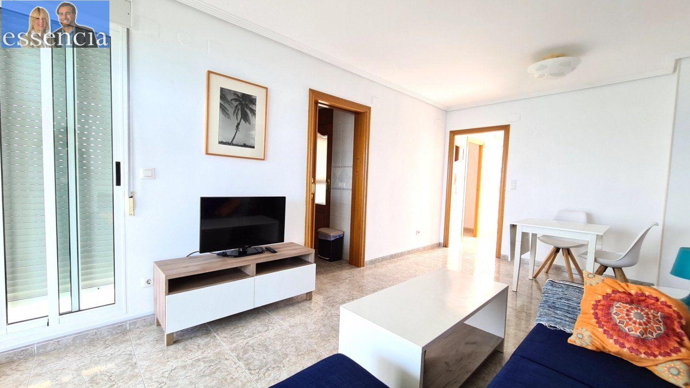 Disfruta de un fabuloso apartamento con una gran terraza y vistas al mar. - imagenInmueble6