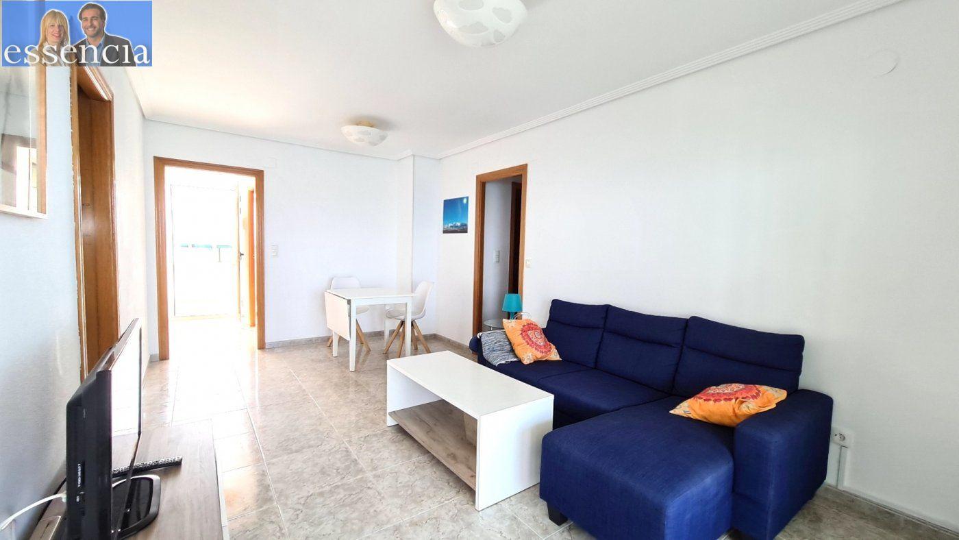 Disfruta de un fabuloso apartamento con una gran terraza y vistas al mar. - imagenInmueble7