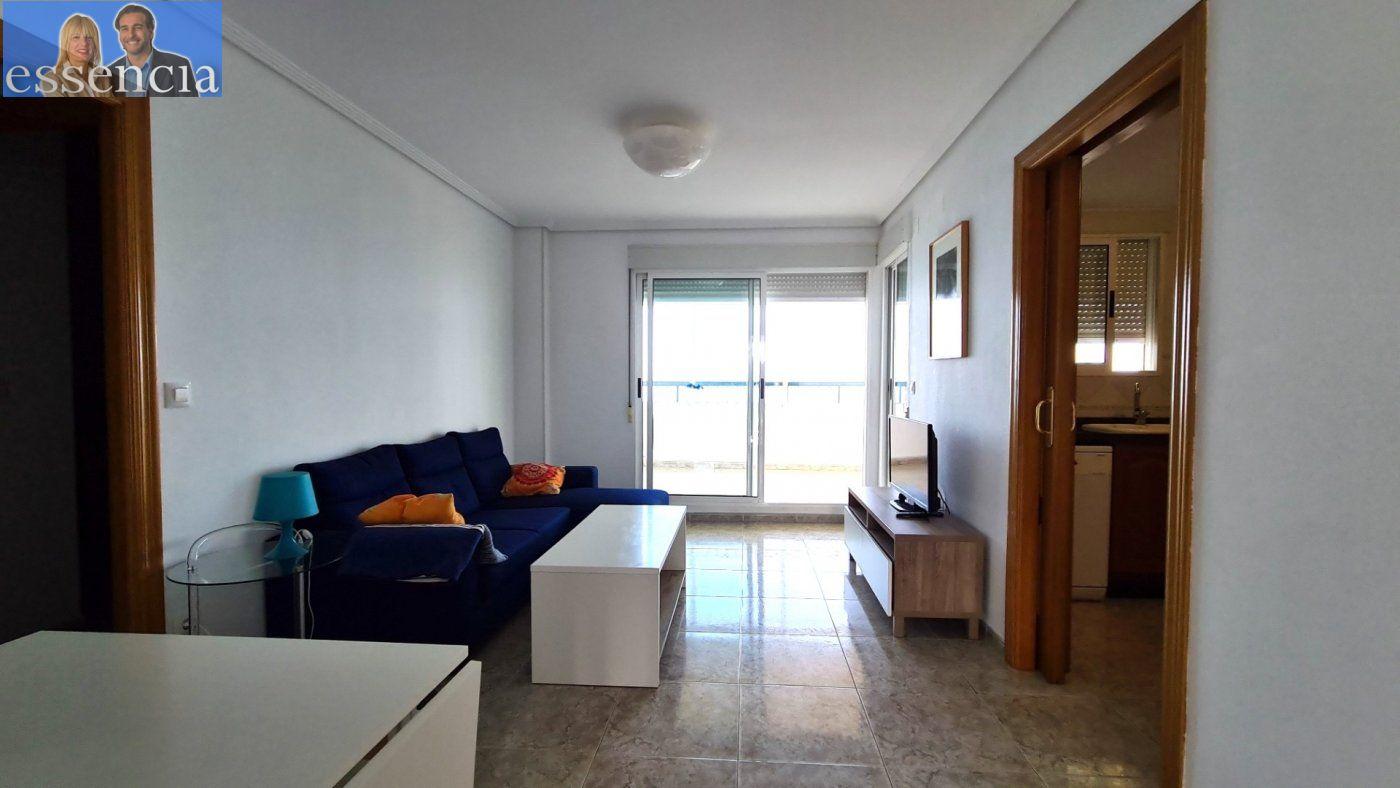 Disfruta de un fabuloso apartamento con una gran terraza y vistas al mar. - imagenInmueble8