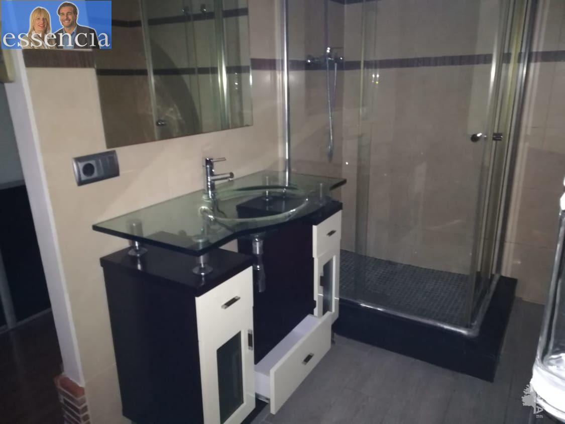 Bajo de 2 dormitorios y 2 baños con patio - imagenInmueble10