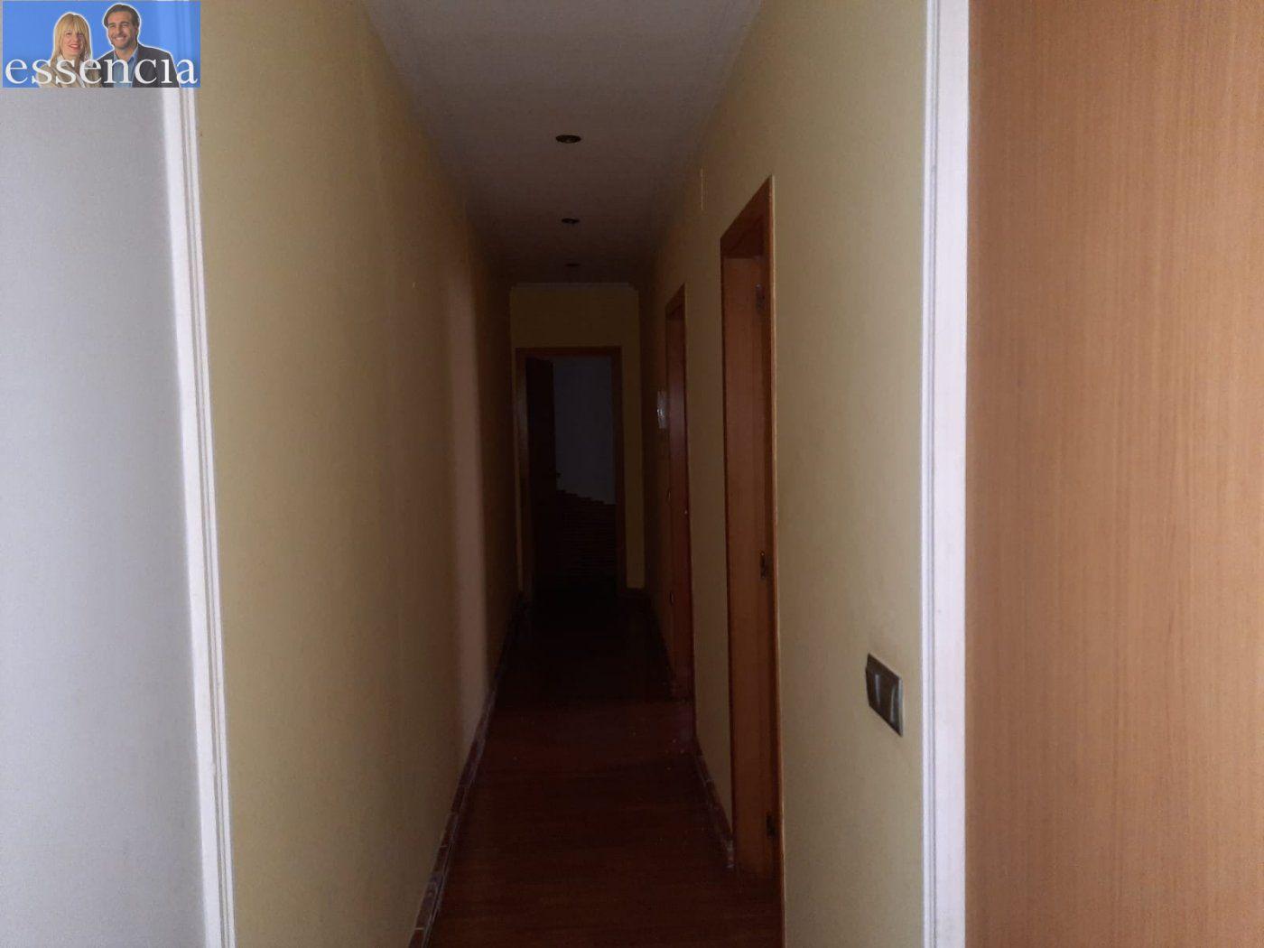 Bajo de 2 dormitorios y 2 baños con patio - imagenInmueble21