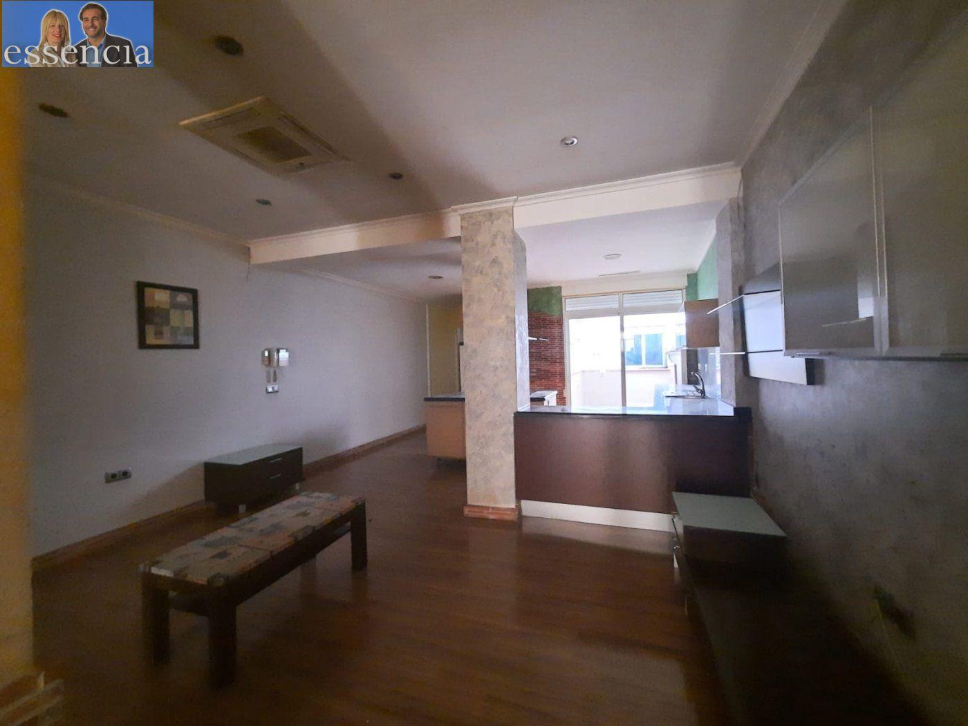 Bajo de 2 dormitorios y 2 baños con patio - imagenInmueble22