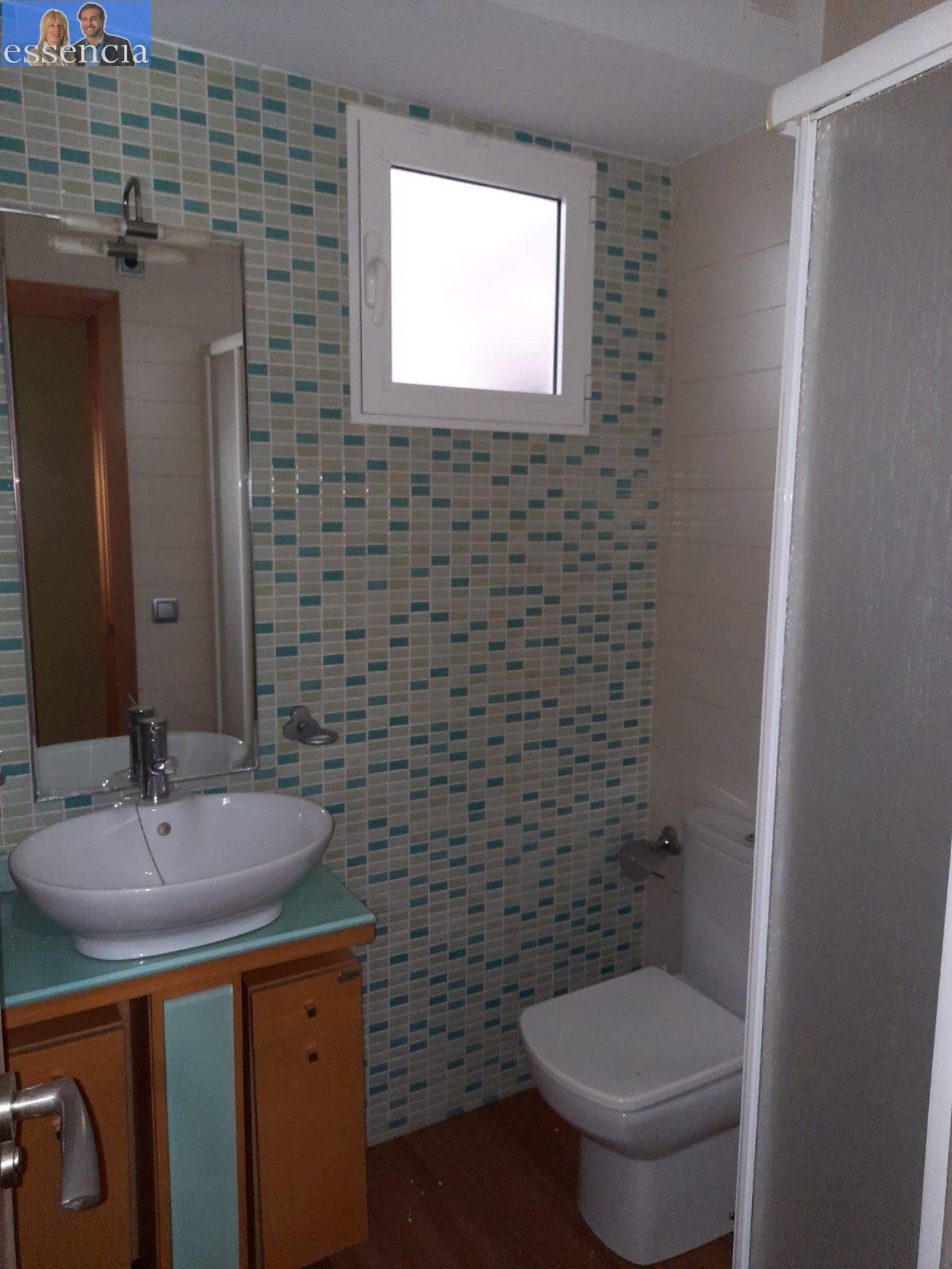 Bajo de 2 dormitorios y 2 baños con patio - imagenInmueble23
