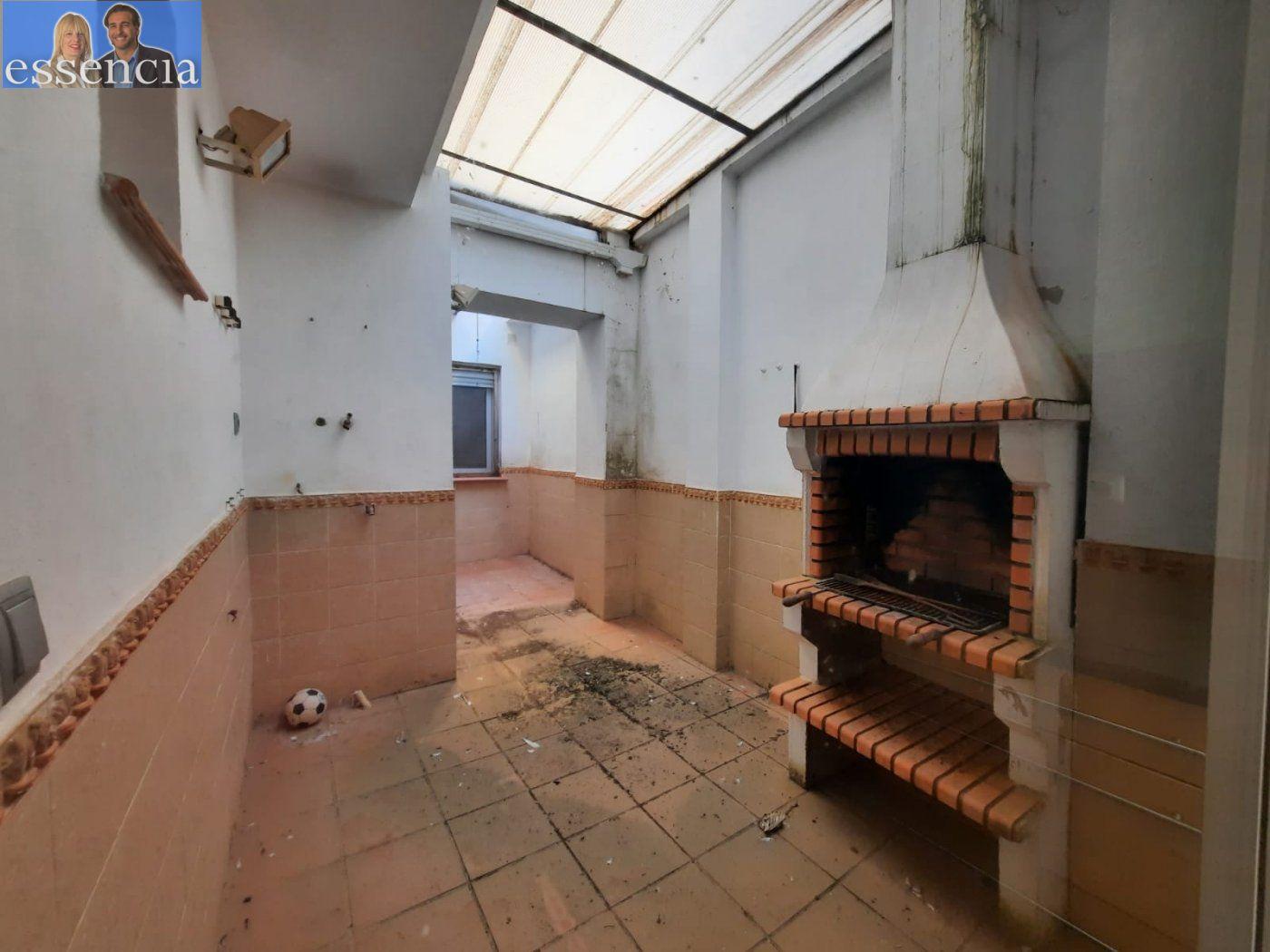 Bajo de 2 dormitorios y 2 baños con patio - imagenInmueble2